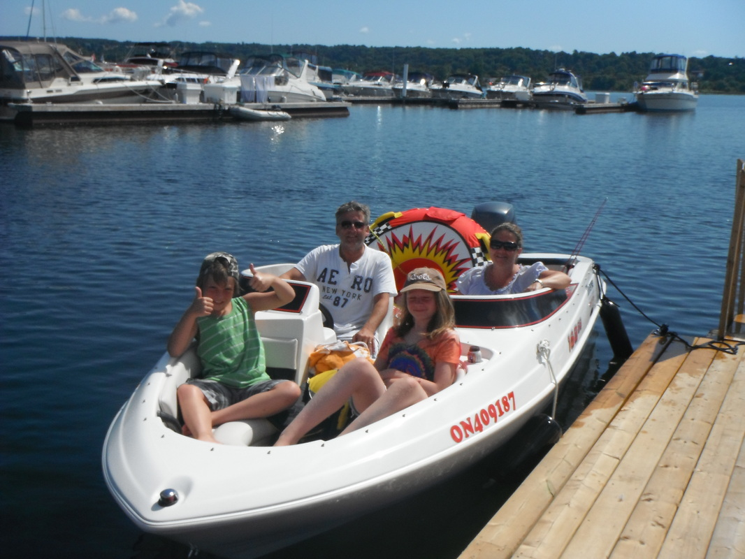 Don't forget you can rent this bowrider boat as in a package or all on it's own!
